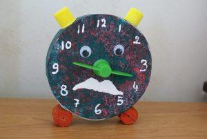 horloge en boîte à camembert pour la fête des pères