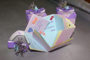 boîte surprise pour souvenirs d'une année de classe
